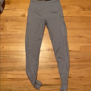 victoria secret leggings silky and nice fitting